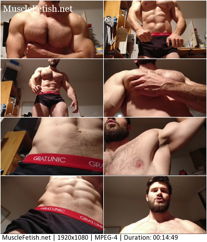 Beast muscle show on webcam - The ULTIMATE Muscle Giant
