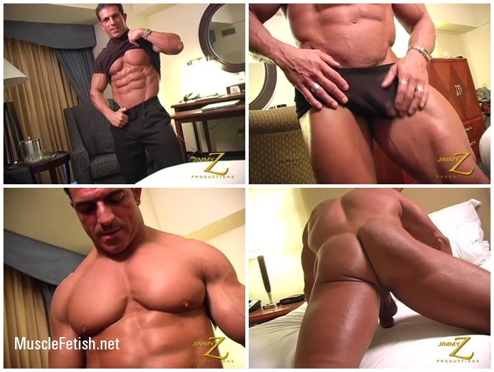 Bodybuilder Antonio Strips Down and Jerks Off