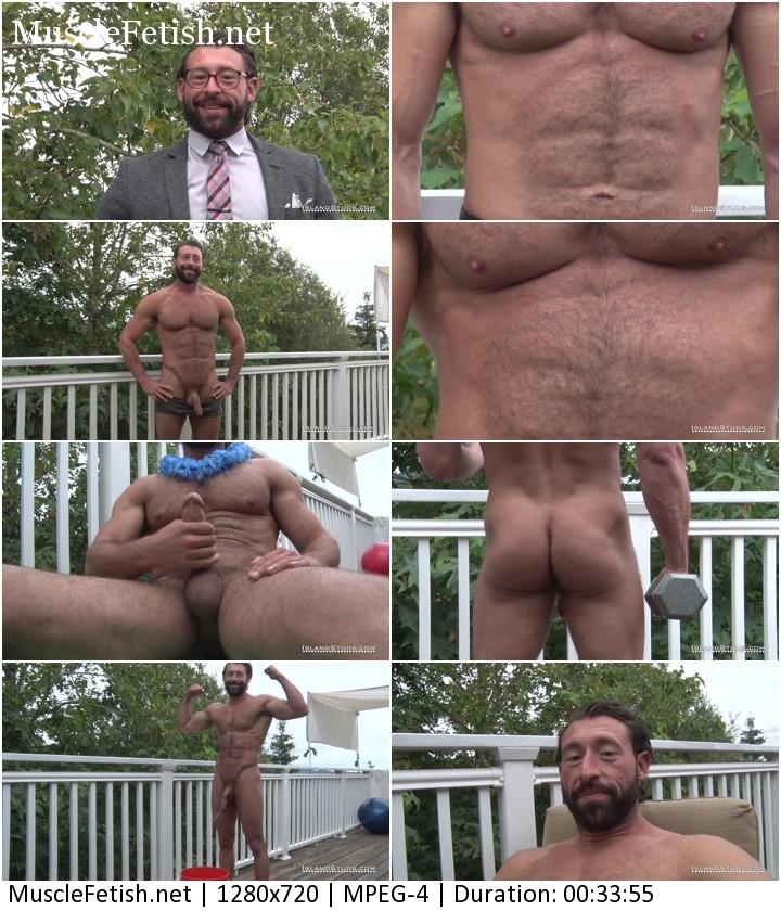 Bodybuilder Benjamin stripping, posing and jerking off