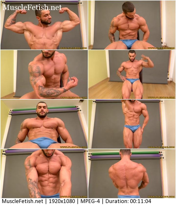 Bodybuilder Carl flex his biceps