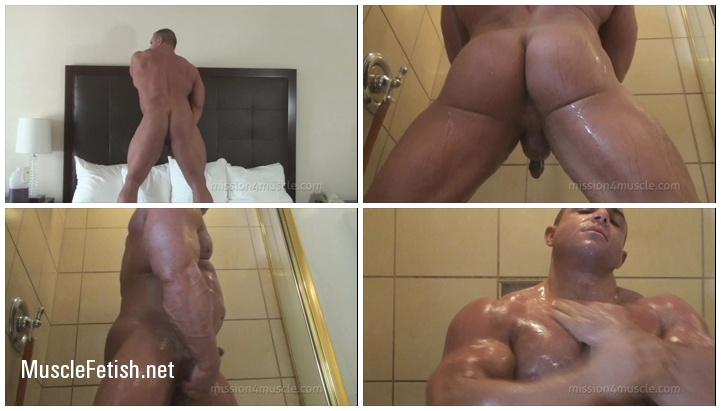 Bodybuilder Chaz Ryan - Hard Muscle And Ass