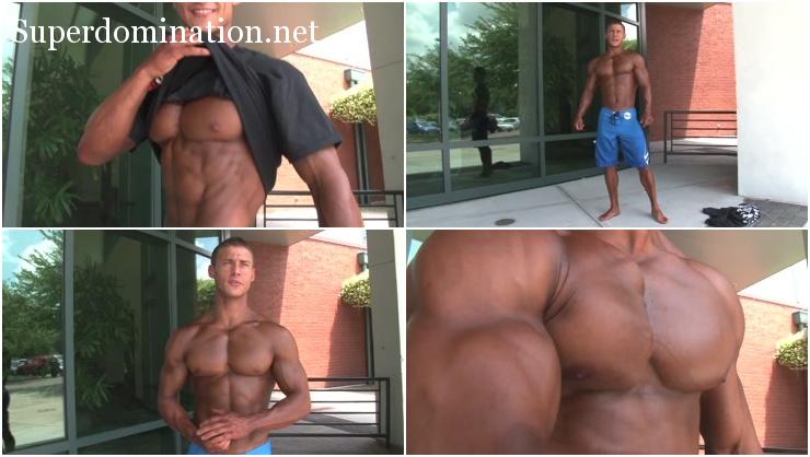 Bodybuilder Stephen Marino Pumping muscle fitness model