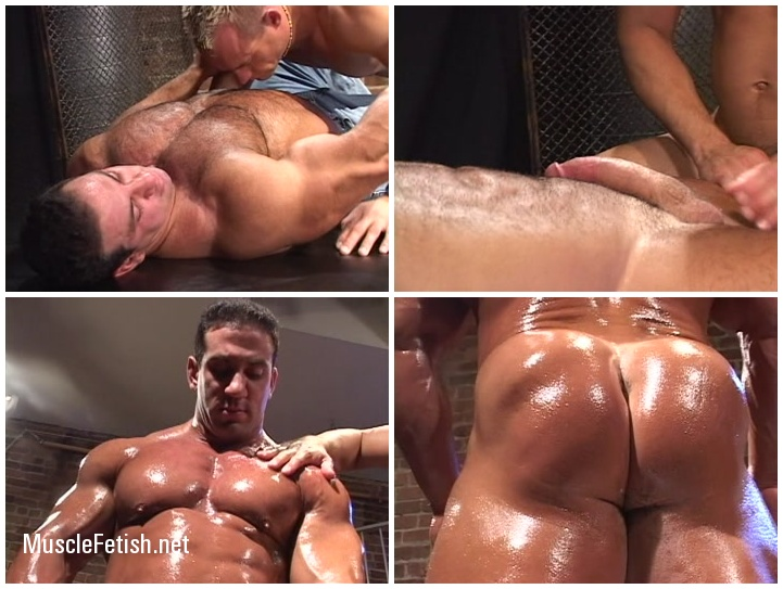 Bodybuilder Tom Katt and Donovan - Huge Muscle
