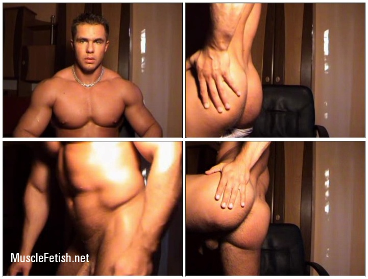 Gay Model Conrado - Webcam muscle show