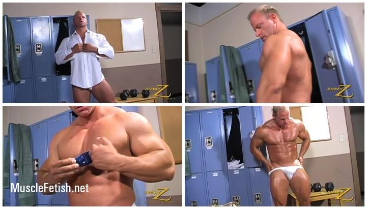 JimmyZ - Bodybuilder Nick Fabian - Workout and Shower