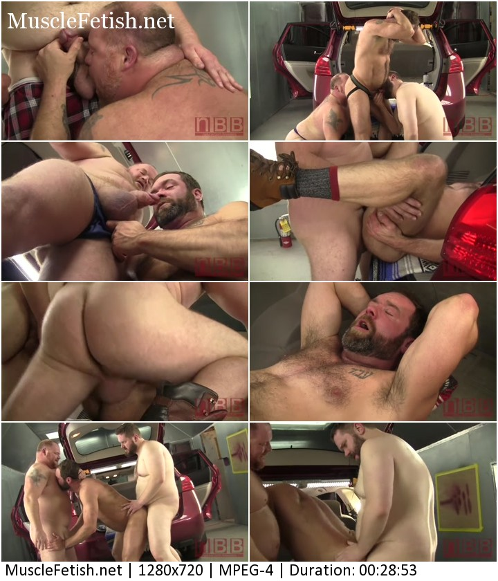 Massive Barrett James, Topher Phoenix and Graydon Emory Ford in gay orgy