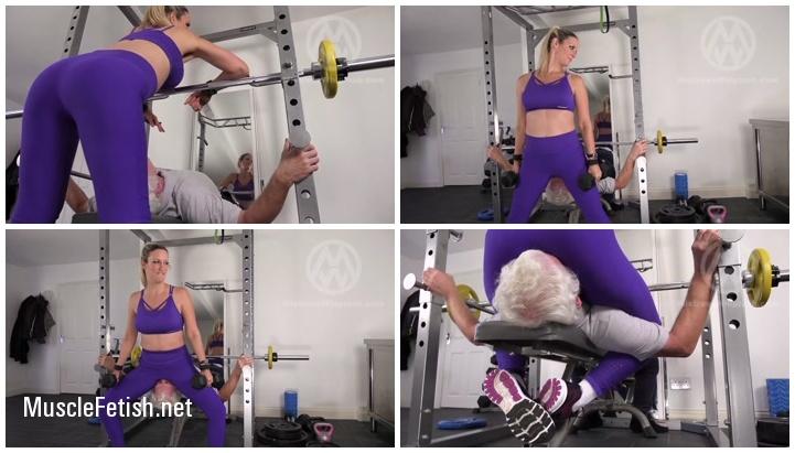 Mistress Nikki Whiplash Facesits A Guy In The Gym