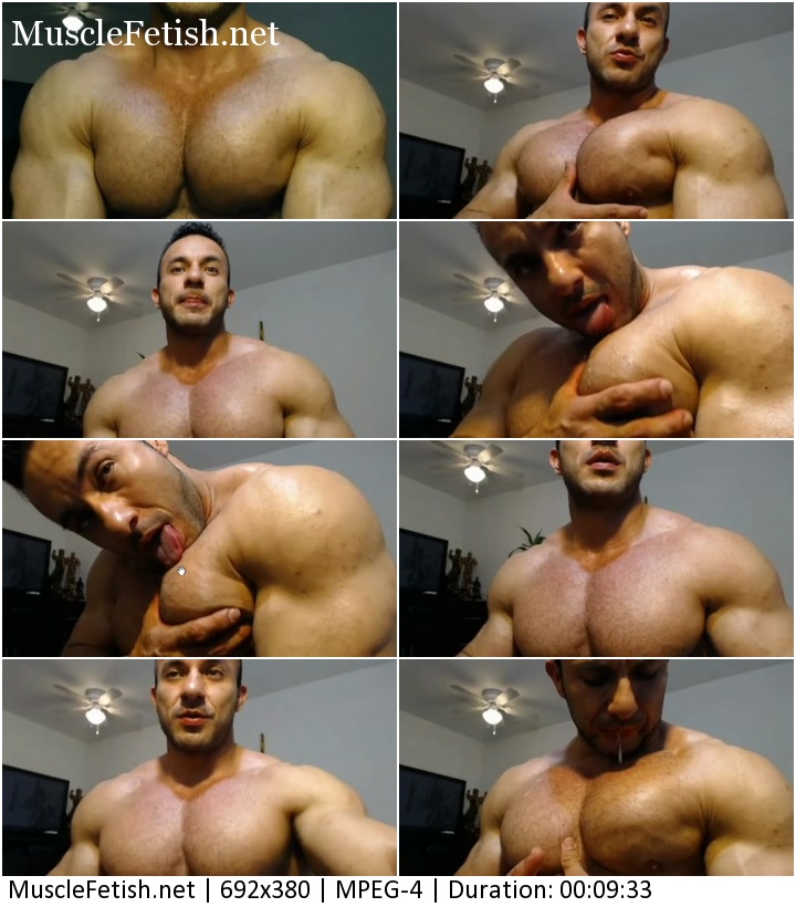 Muscle hunk grabbing pecs - sexy posing on cam - amateur clip from bodybuilder