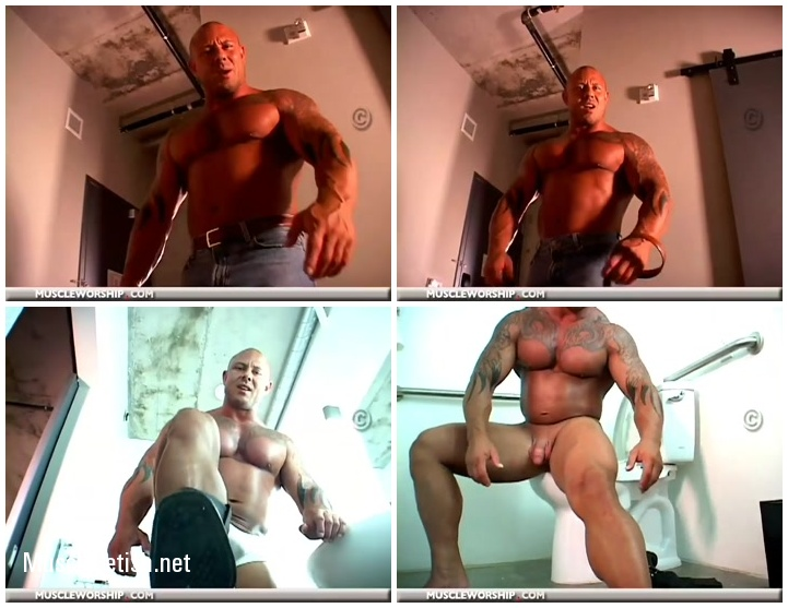 Muscular Domination - Bodybuilder Tyler Lee does a solo Muscle Worship clip