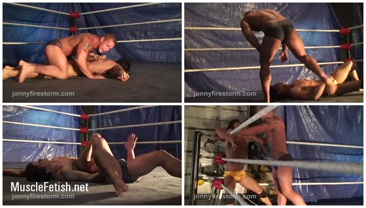 Muscular Wrestlers - Aryx Quinn vs Kip Sorrell