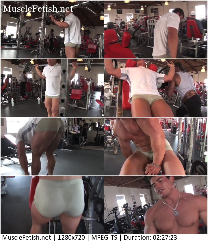 Pumping muscle - Richie T - photo session in the gym part 2