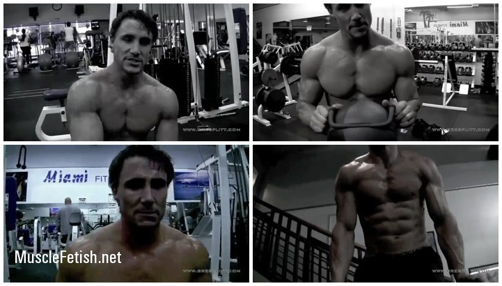 Sexy bodybuilder Greg - Workout Part 2