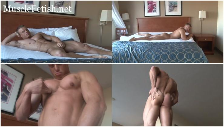 sexy atklete - bodybuilder James K